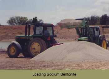 Loading sodium bentonite